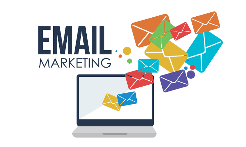 """Top 9 des meilleurs services de """"marketing par e-mail"""" pour les petites entreprises en 2020 🧐"""
